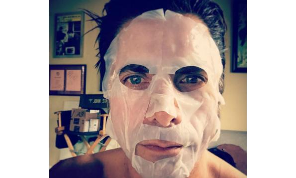 john-stamos-sheet-mask-beauty-the-klog