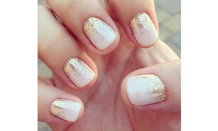 Sprinkle of nail glitter