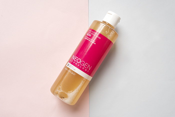 Neogen-real-flower-cleansing-water-rose