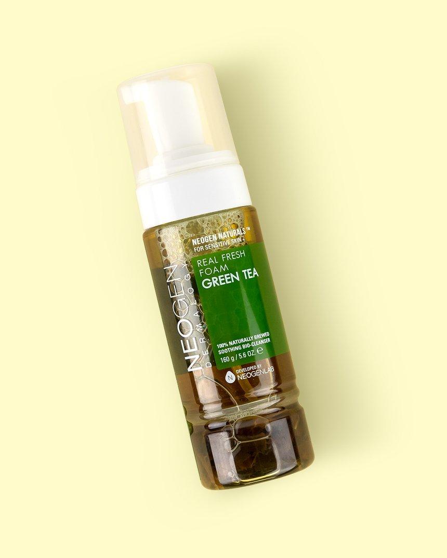 Neogen-Green-Tea-Fresh-Foam-Cleanser-Klog
