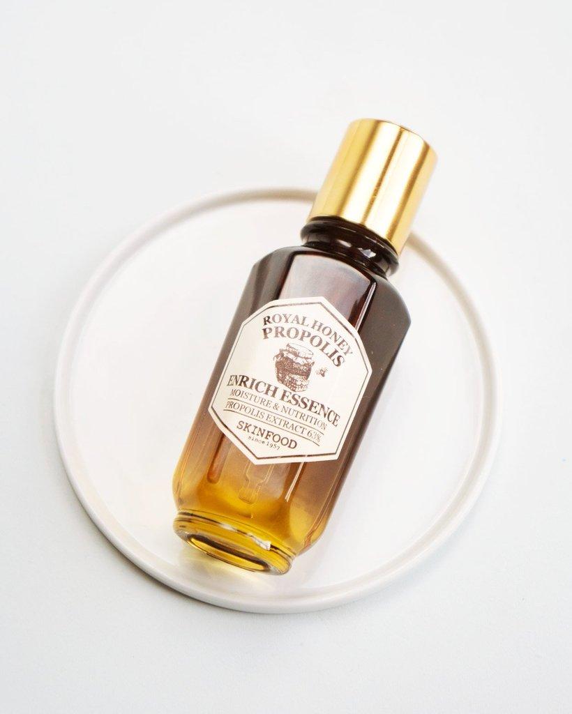 SKINFOOD Royal Honey Propolis Enrich Essence: